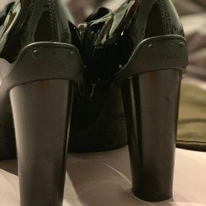 Tod's Shoes - Tod's platform ankle boots